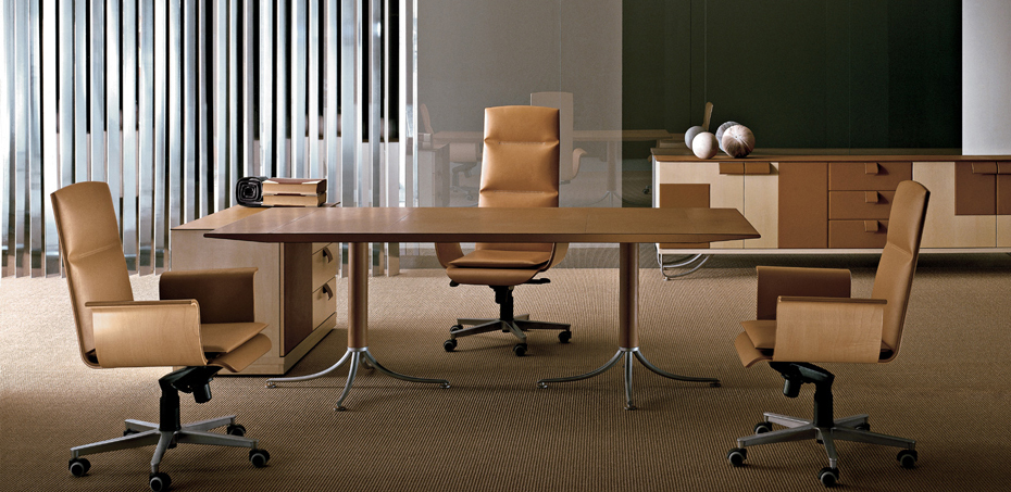 klassische chefschreibtische bird von i4mariani designer. Black Bedroom Furniture Sets. Home Design Ideas